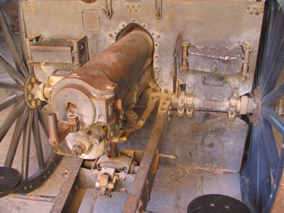Artillery_detail_Fort_Zachary_Taylor.jpg