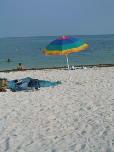 Florida_Keys_Sombrero_Beach.jpg