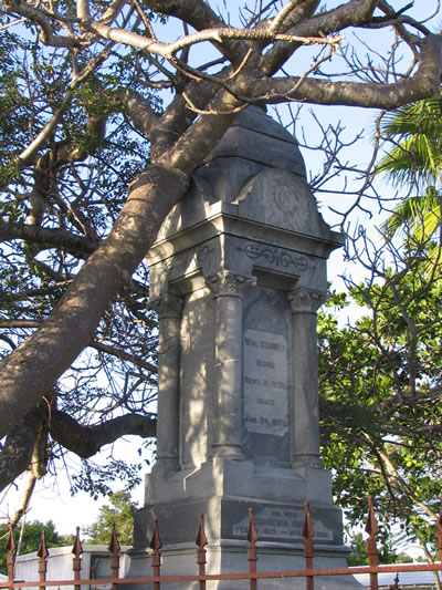 Key_West_Cemetery_tombstone.jpg