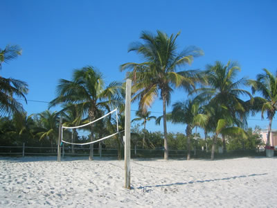 Key_West_beach_volleyball.jpg